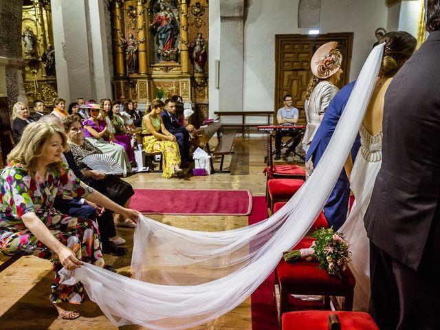 La boda de Cristian y Sheila en Villanueva De Gallego, Zaragoza 21