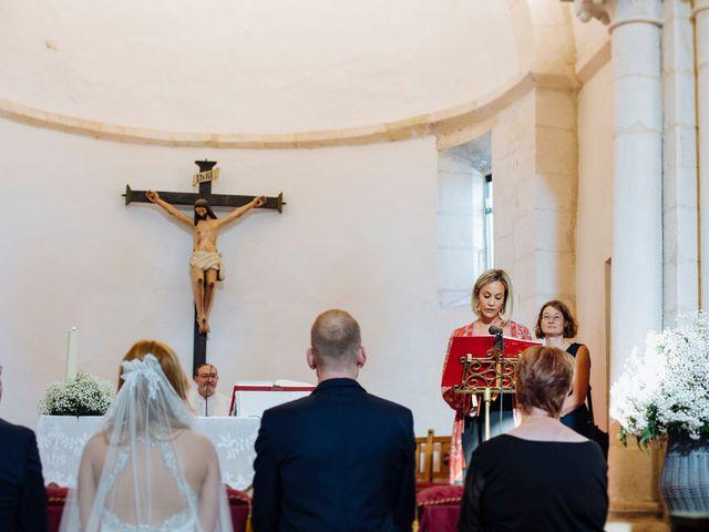 La boda de Dennis y Laura en Oviedo, Asturias 32