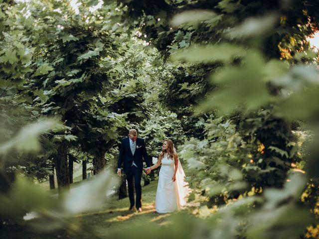 La boda de Dennis y Laura en Oviedo, Asturias 59