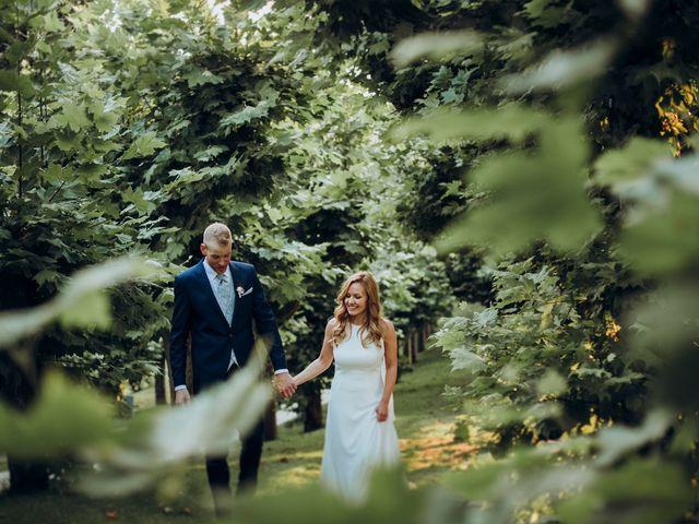 La boda de Dennis y Laura en Oviedo, Asturias 60