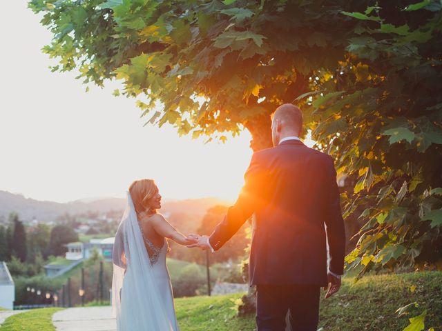 La boda de Dennis y Laura en Oviedo, Asturias 63
