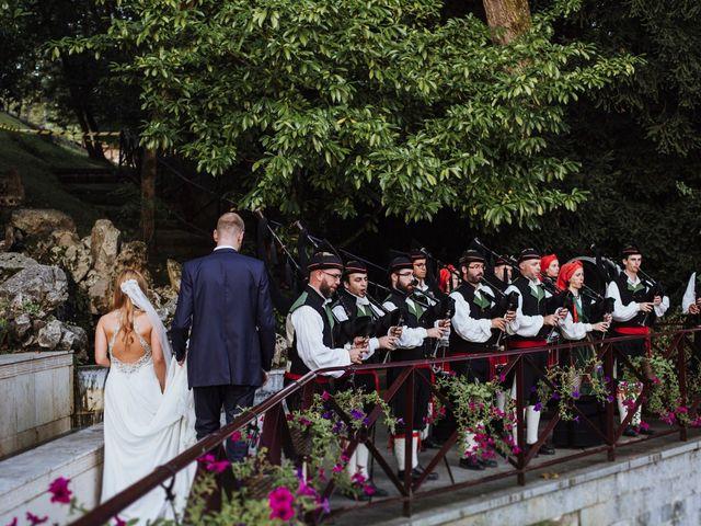 La boda de Dennis y Laura en Oviedo, Asturias 67