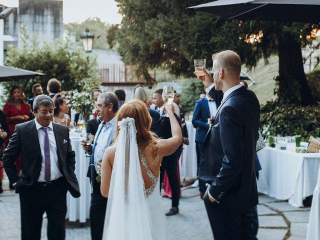 La boda de Dennis y Laura en Oviedo, Asturias 68