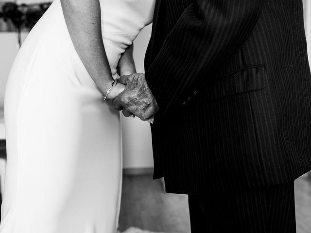 La boda de Alberto y Almudena en Valdepeñas, Ciudad Real 11
