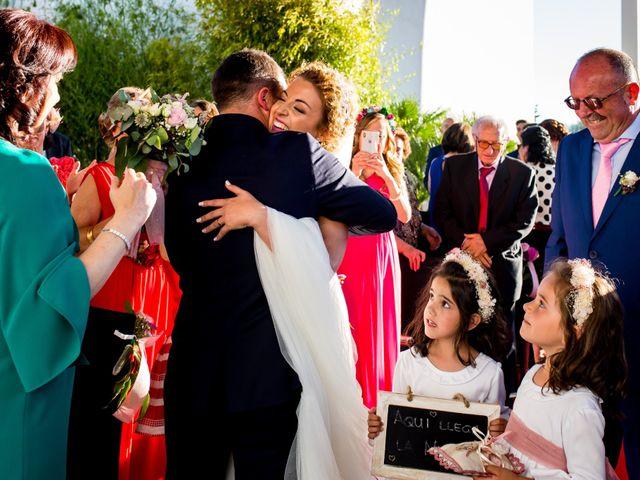 La boda de Alberto y Almudena en Valdepeñas, Ciudad Real 21