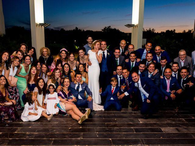 La boda de Alberto y Almudena en Valdepeñas, Ciudad Real 31