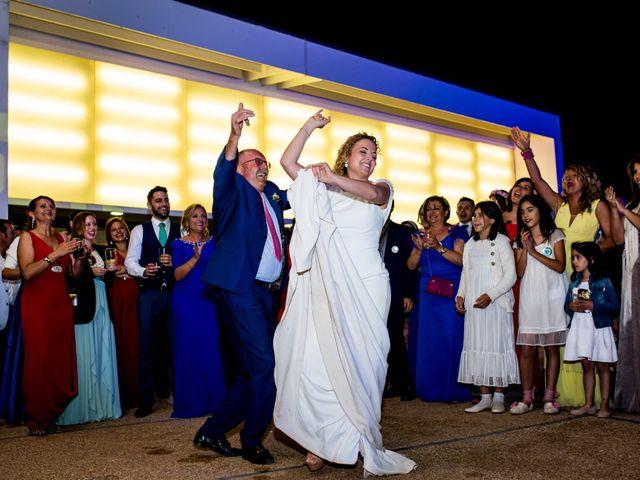 La boda de Alberto y Almudena en Valdepeñas, Ciudad Real 32