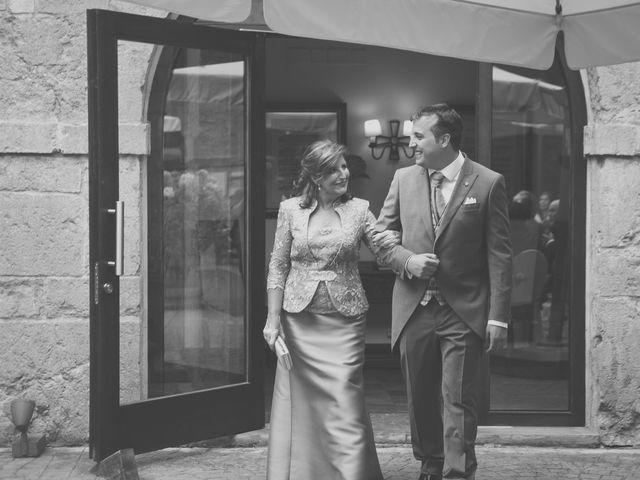 La boda de Enol y Ana en Cangas De Onis, Asturias 17