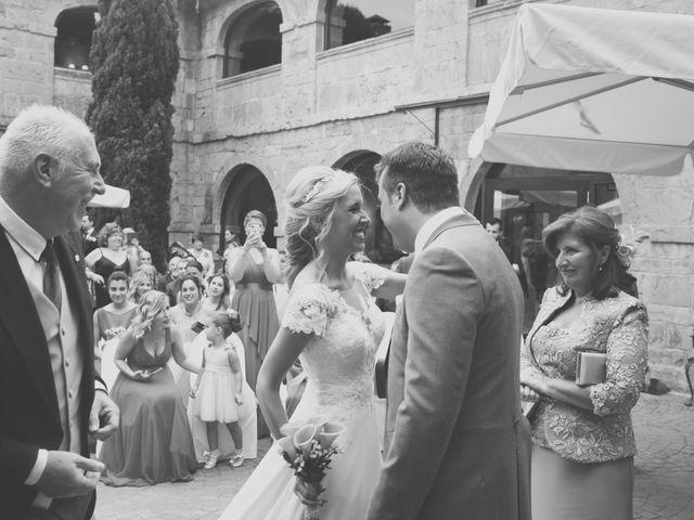 La boda de Enol y Ana en Cangas De Onis, Asturias 20