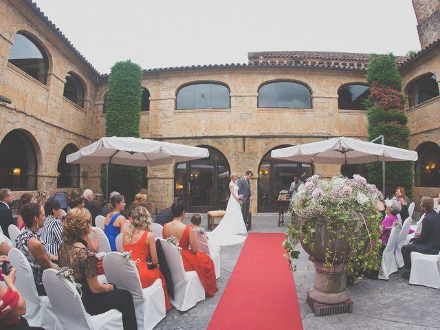 La boda de Enol y Ana en Cangas De Onis, Asturias 23