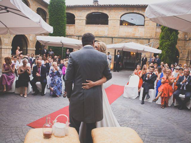 La boda de Enol y Ana en Cangas De Onis, Asturias 30