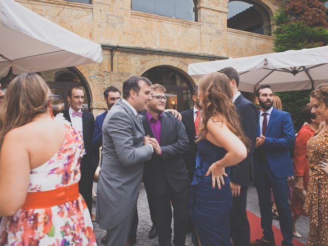La boda de Enol y Ana en Cangas De Onis, Asturias 35