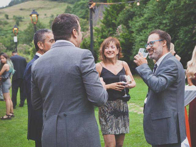 La boda de Enol y Ana en Cangas De Onis, Asturias 53