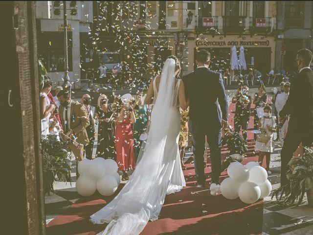 La boda de Alberto y Lidia  en Badajoz, Badajoz 2