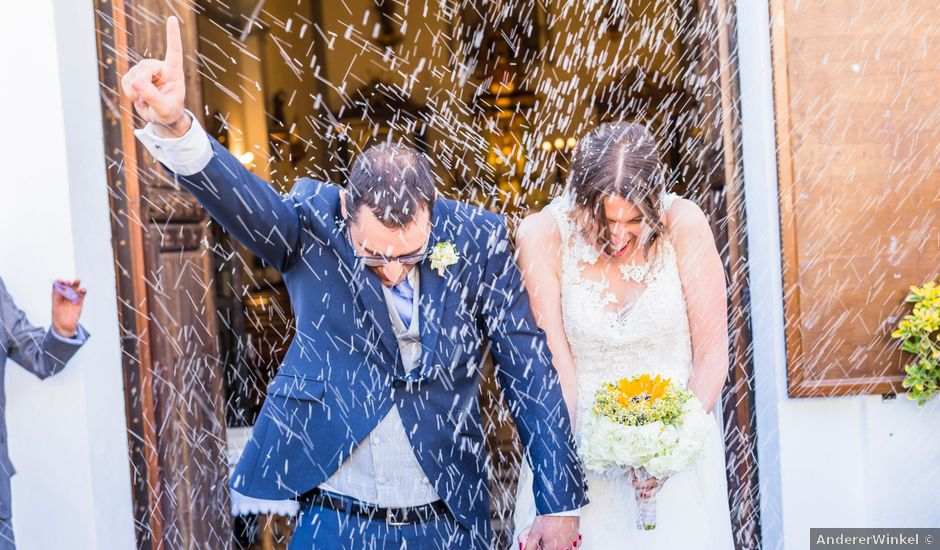 La boda de Juanjo y Alexandra en Bubion, Granada