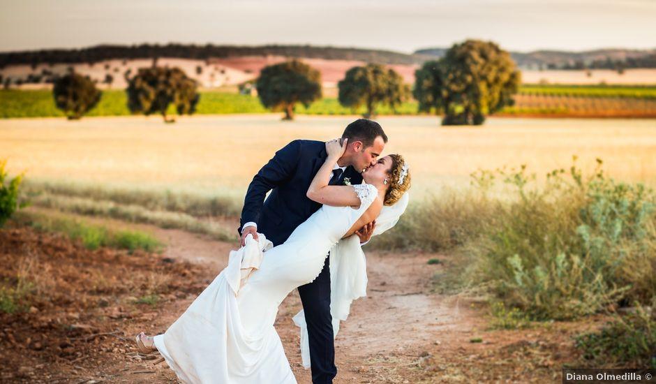 La boda de Alberto y Almudena en Valdepeñas, Ciudad Real