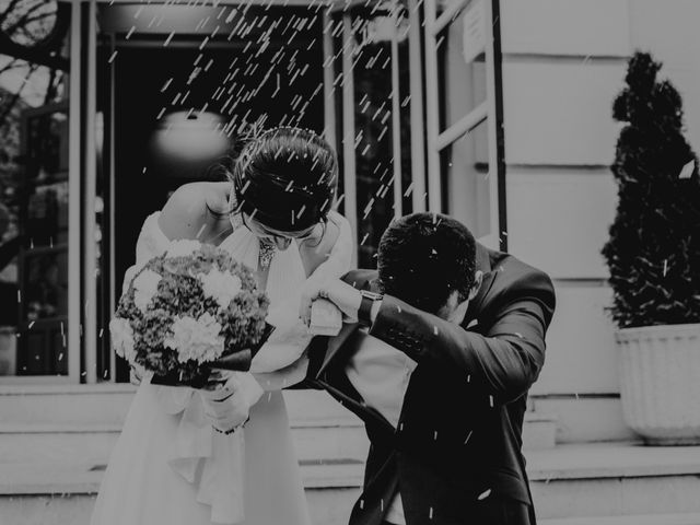 La boda de Jose y Marta en Madrid, Madrid 79