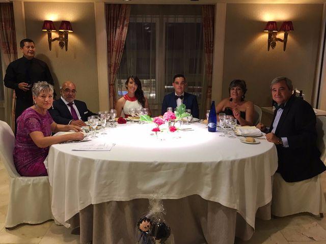 La boda de Joel y Laura en Madrid, Madrid 5