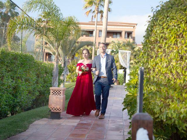 La boda de Brian y Marina en Adeje, Santa Cruz de Tenerife 48
