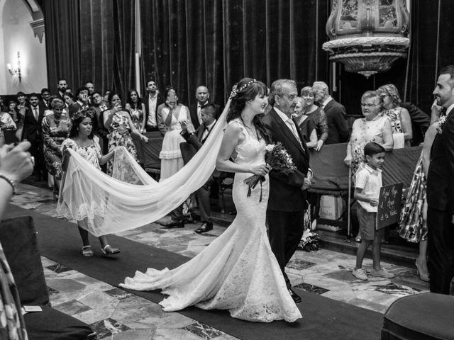 La boda de David y Laura en Topas, Salamanca 14