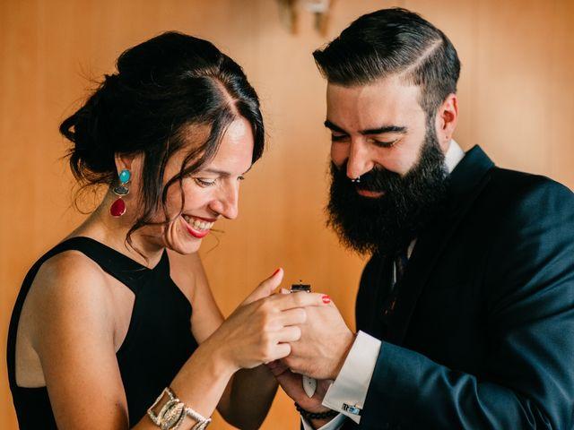 La boda de Toni y María en Caracuel De Calatrava, Ciudad Real 29