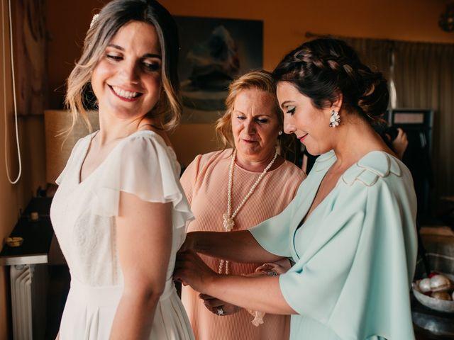 La boda de Toni y María en Caracuel De Calatrava, Ciudad Real 44