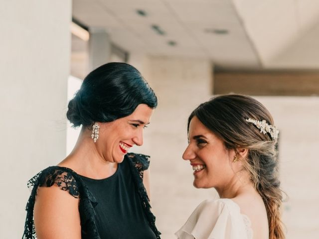 La boda de Toni y María en Caracuel De Calatrava, Ciudad Real 56
