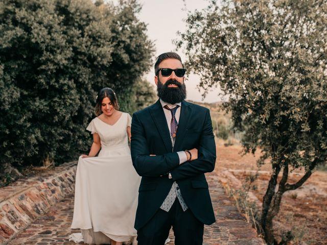 La boda de Toni y María en Caracuel De Calatrava, Ciudad Real 95
