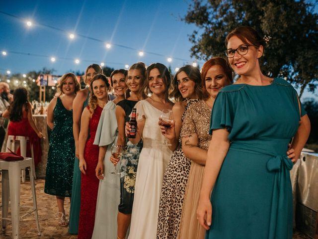 La boda de Toni y María en Caracuel De Calatrava, Ciudad Real 115