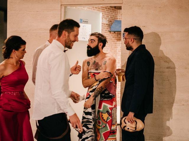 La boda de Toni y María en Caracuel De Calatrava, Ciudad Real 154