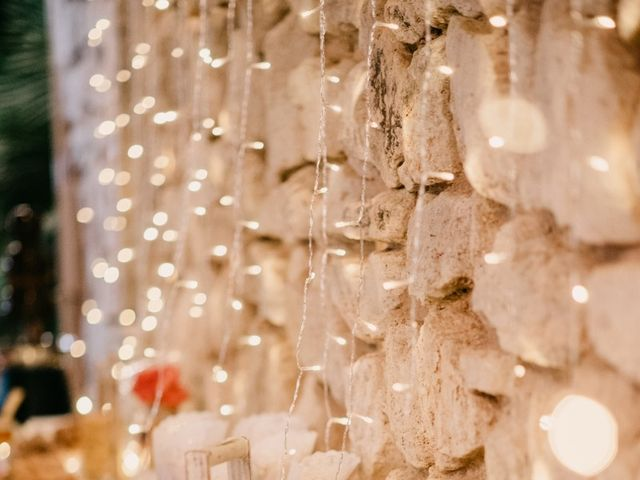 La boda de Toni y María en Caracuel De Calatrava, Ciudad Real 164