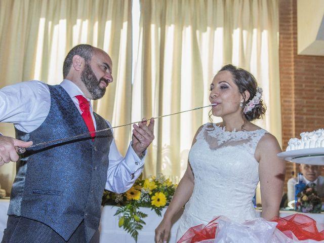 La boda de Julián  y Noelia en Piedrabuena, Ciudad Real 37