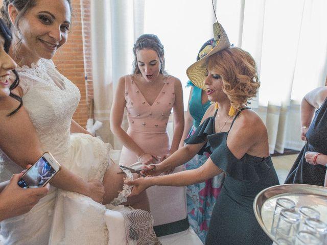 La boda de Julián  y Noelia en Piedrabuena, Ciudad Real 40