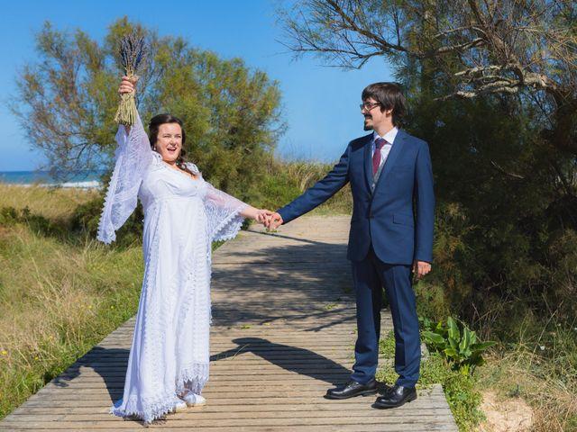 La boda de Jon y María en Santoña, Cantabria 19