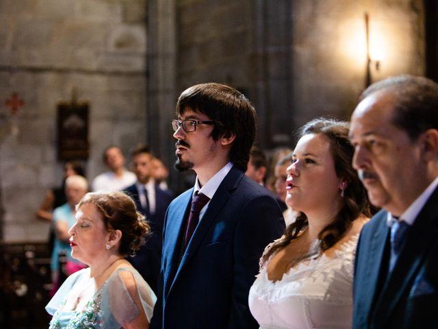 La boda de Jon y María en Santoña, Cantabria 27