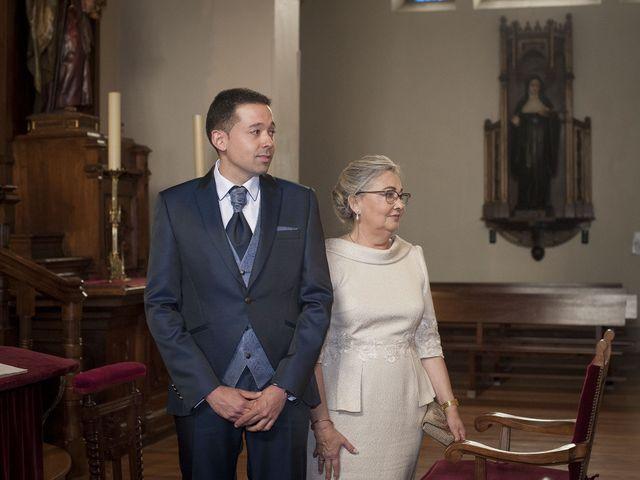 La boda de Javi y Rocío en Getxo, Vizcaya 16
