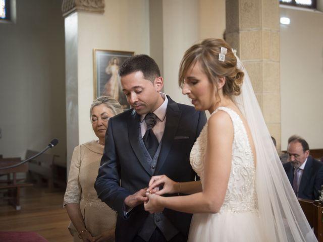 La boda de Javi y Rocío en Getxo, Vizcaya 23