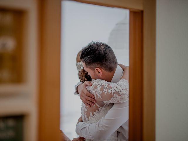La boda de Israel y Tamara en El Puig, Valencia 16