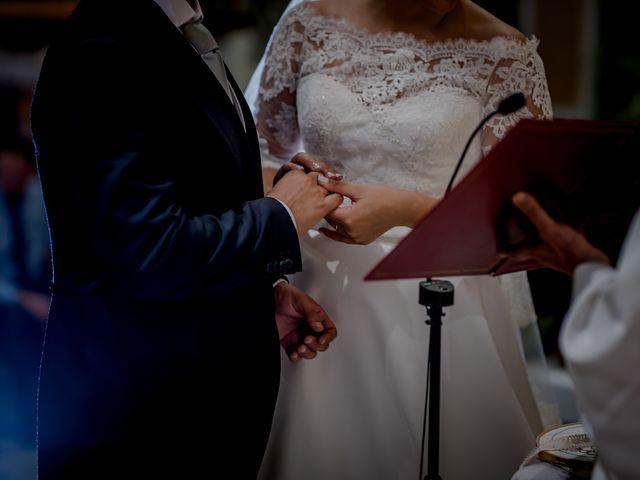 La boda de Israel y Tamara en El Puig, Valencia 25