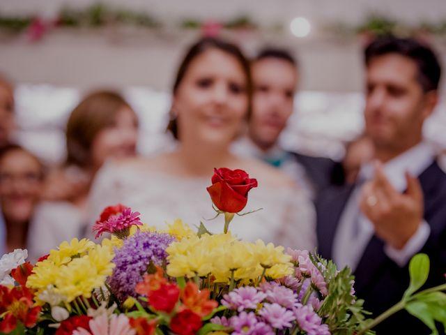 La boda de Israel y Tamara en El Puig, Valencia 60