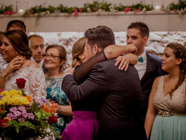La boda de Israel y Tamara en El Puig, Valencia 122