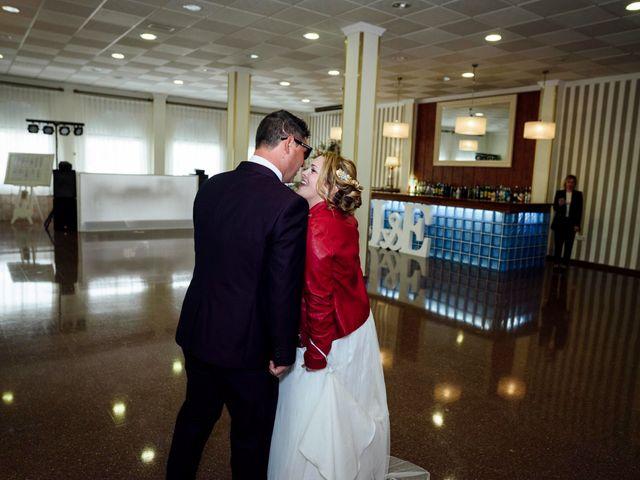 La boda de Emilio y Maria jose en Benigánim, Valencia 4