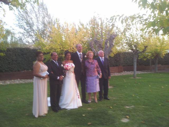 La boda de Víctor y Dina en Zaragoza, Zaragoza 5