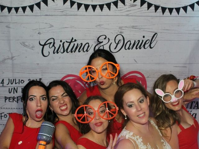 La boda de Daniel y Cristina  en Huelva, Huelva 2