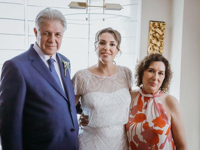 La boda de Javier  y Elena en Madrid, Madrid 10