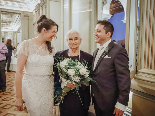 La boda de Javier  y Elena en Madrid, Madrid 19