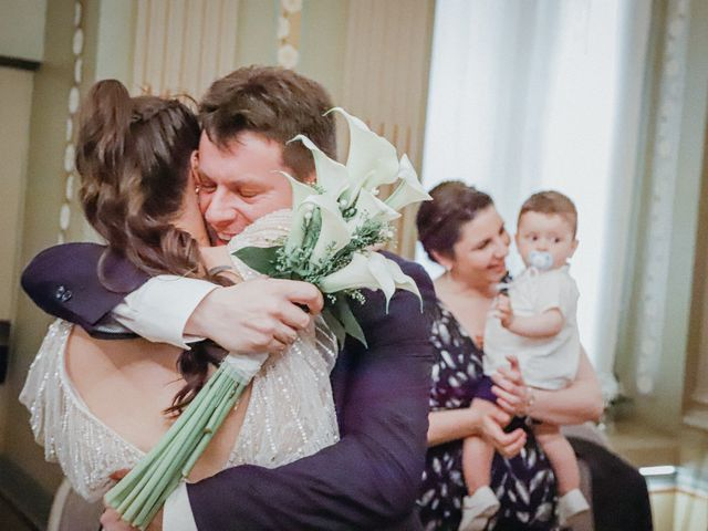 La boda de Javier  y Elena en Madrid, Madrid 20