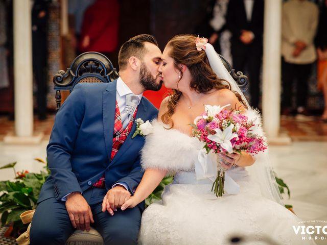 La boda de Jose Miguel y Laura en Benalmadena Costa, Málaga 35