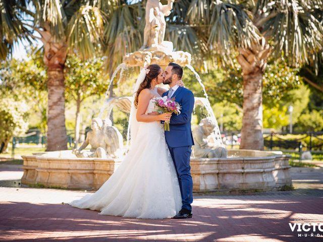 La boda de Jose Miguel y Laura en Benalmadena Costa, Málaga 36