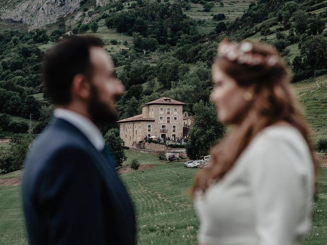 La boda de Samuel y Almudena en Cereceda (Villamayor), Asturias 190
